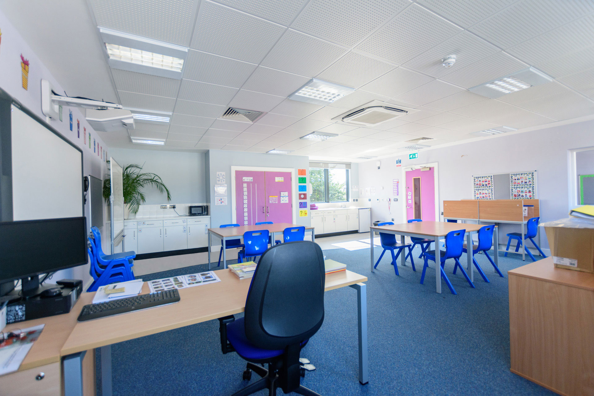 Drumbet School and ASD 6th Form teaching - Modular SEN building - Internal classroom