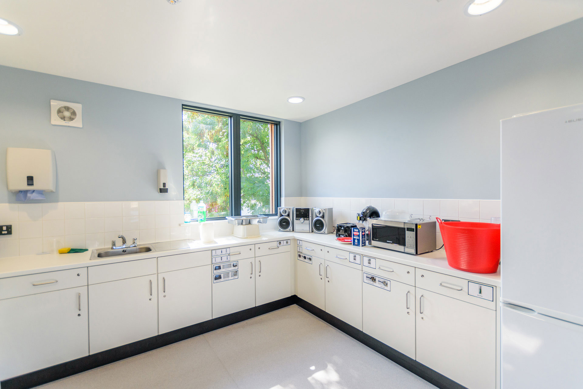 Drumbet School and ASD 6th Form teaching - Modular SEN building - Independent living kitchen area