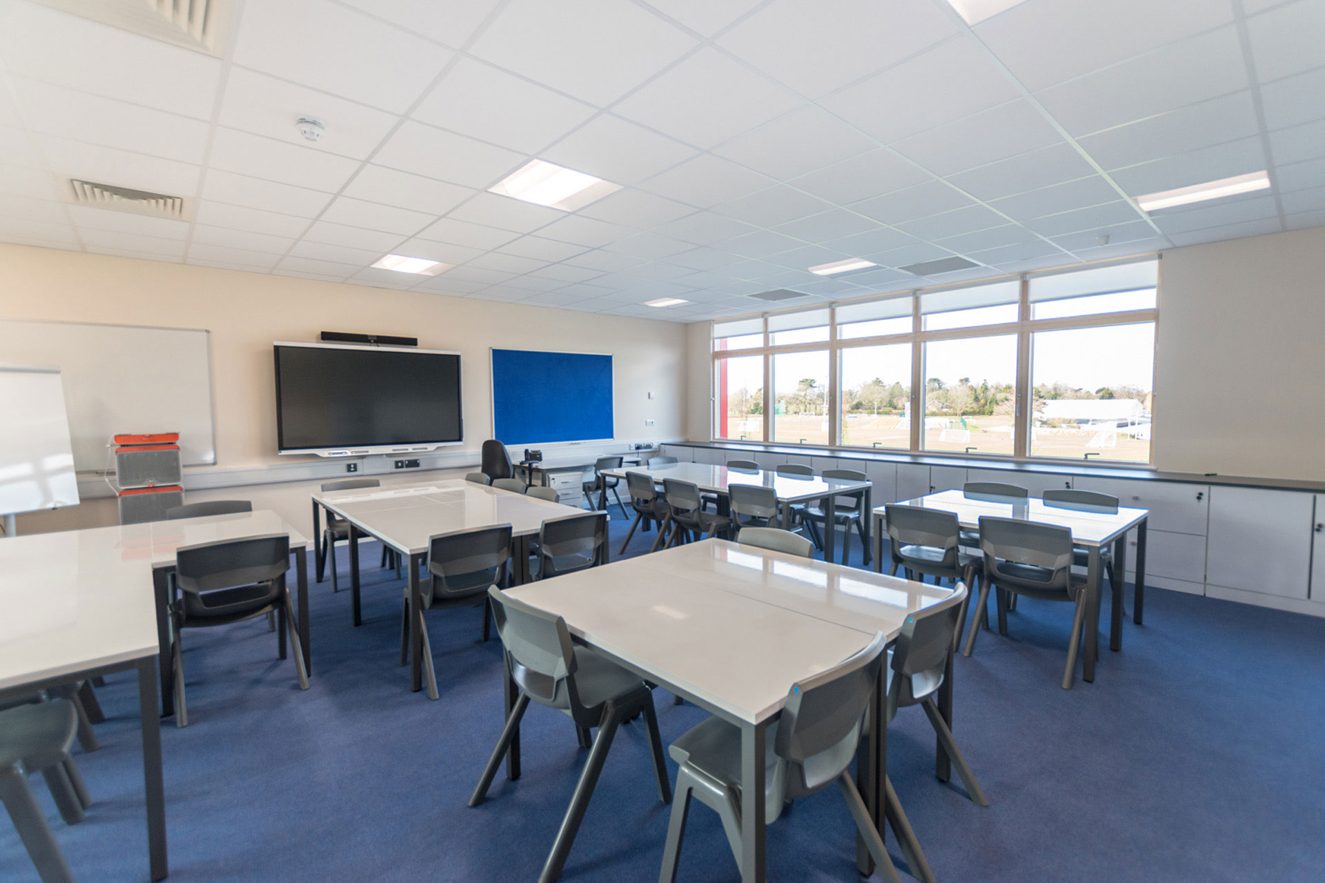 Woodcote Primary school - Modular building - expansion project - Internal classroom view